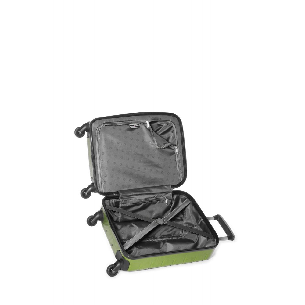 Swiss Gear 20 Quot Spinner Carry On Luggage Vaiana Moss
